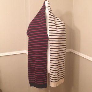 Gap preppy navy/ white scarf